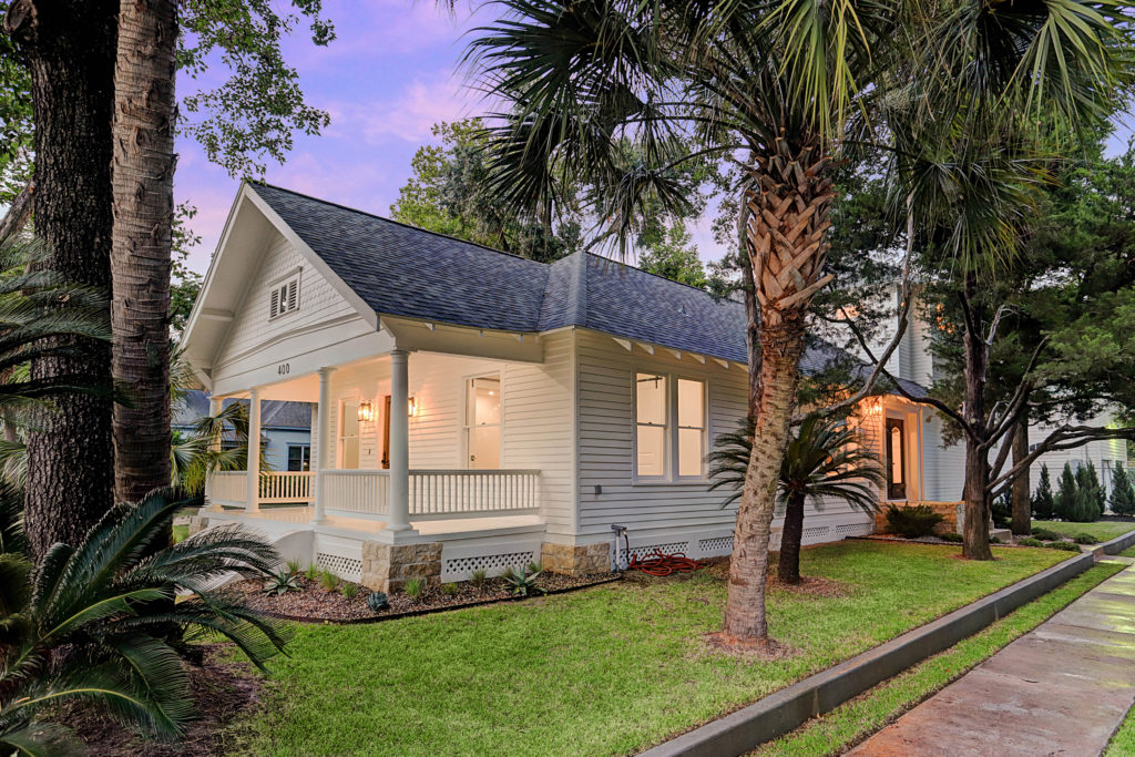 Cordell 400 Houston bungalow