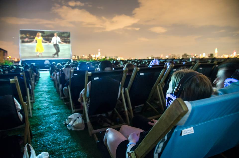 Houston Gets Its First Fancy Outdoor Movie Theater It S All About The Rooftop At This London Import