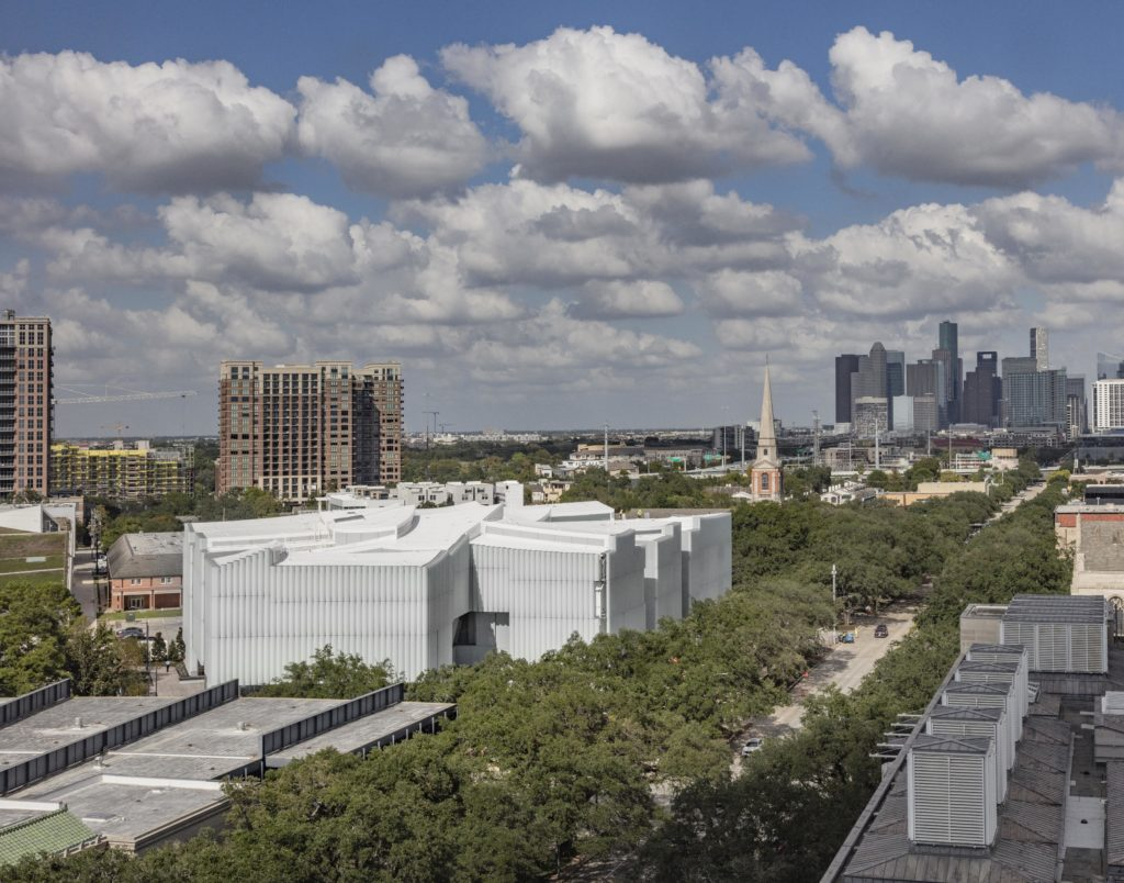 1. The Nancy and Rich Kinder Building at the Museum of Fine Arts, Houston, from above. (Photo by Richard Barnes, Courtesy of the Museum of Fine Arts, Houston)