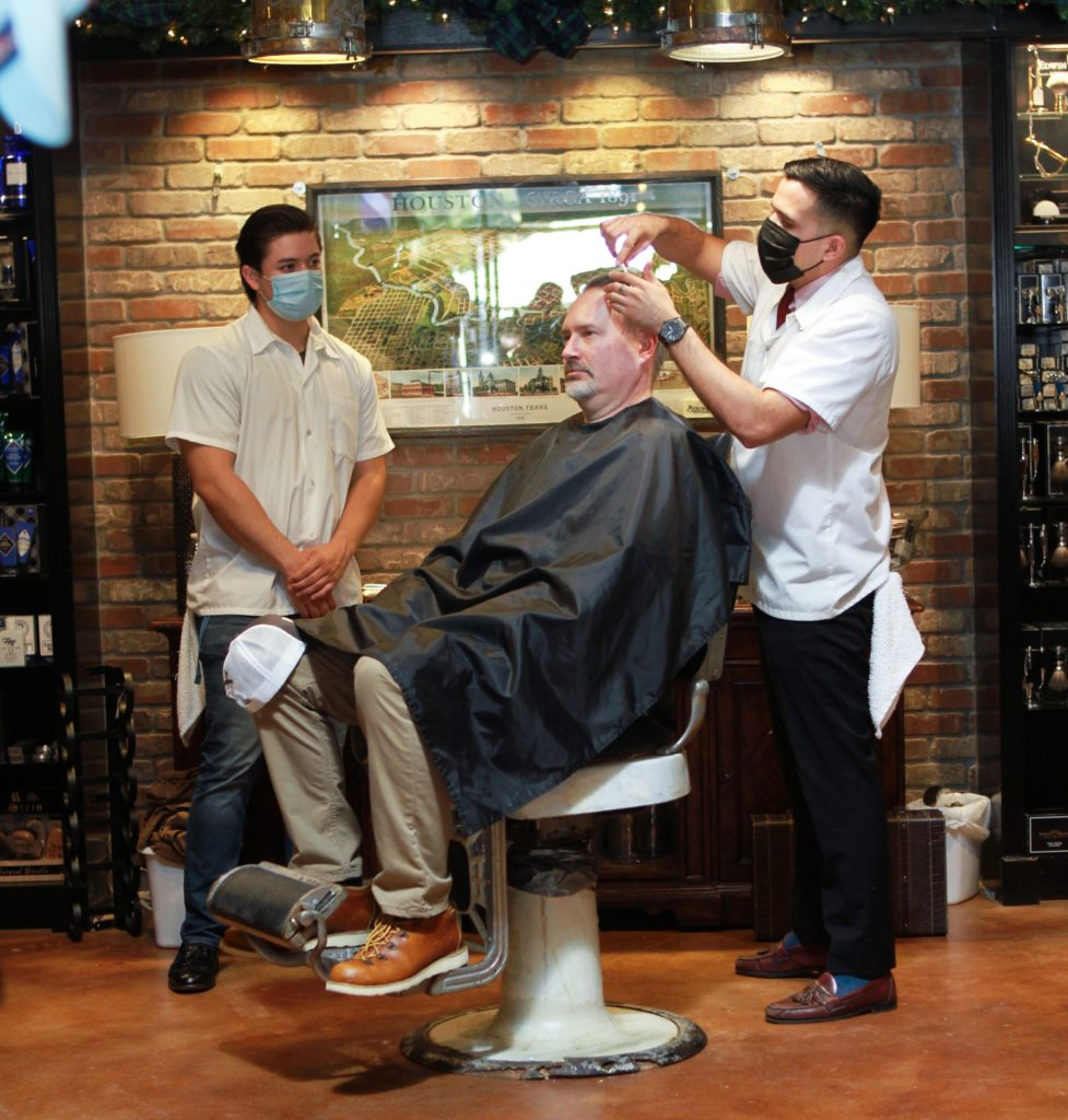 Augie Bering SHAVE 3 2 (Photo by Chris P. Bachman )